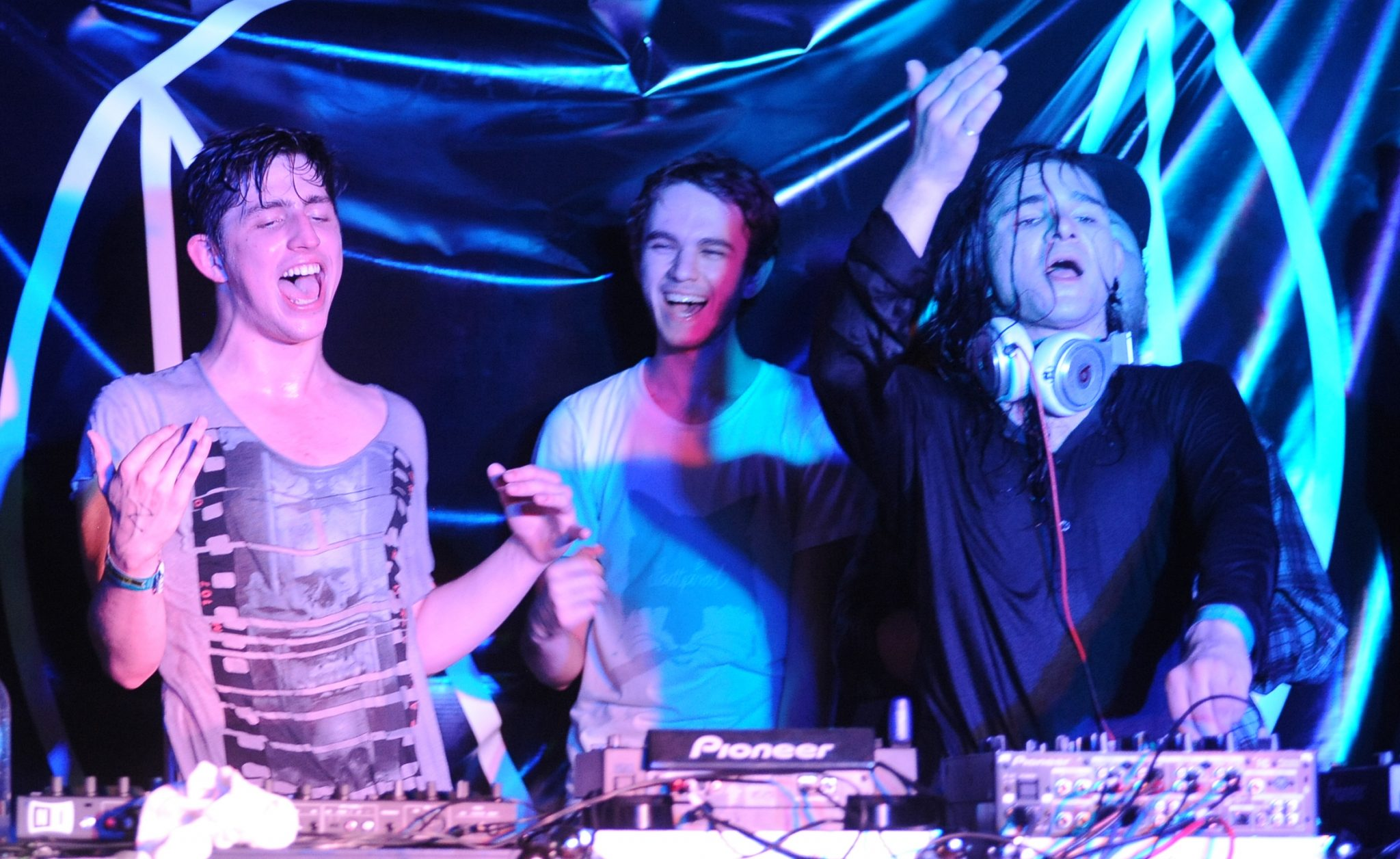 Porter_Robinson,_Zedd,_and_Skrillex_at_the_2012_SXSW_cropped