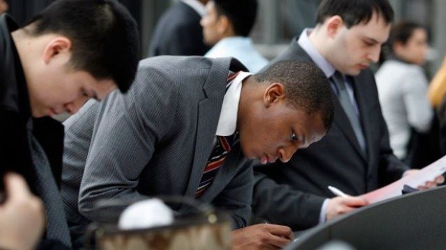 Business Grads Apply For Jobs