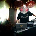"Deadmau5: ""Trust fund kids up front is f*cking stupid as f*ck"""