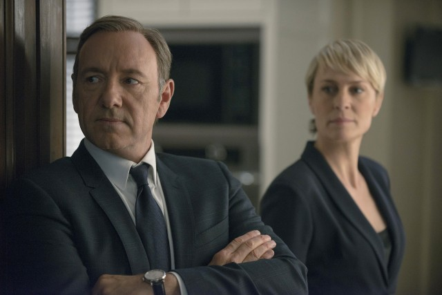 Kevin-Spacey-as-Frank-Underwood-Robin-Wright-as-Claire-Underwood-in-HoC-2-on-showcase
