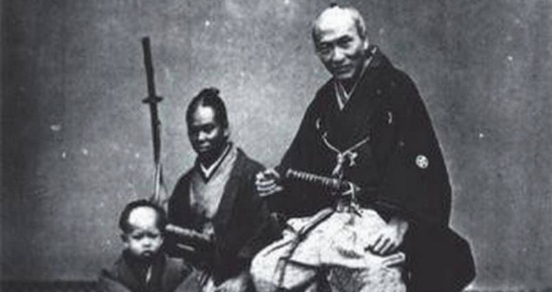The First Non Japanese Samurai Was Actually Black Netflix's upcoming anime, yasuke, while set in a fantasy version of japan, is actually based on the after a lifetime of combat, the samurai yasuke attempts to settle down. nextshark