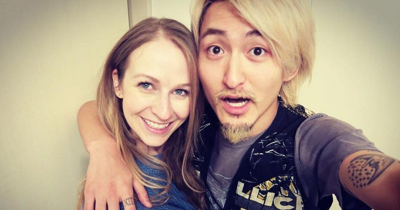 Japanese Rock Star Marries Avril Lavigne S Little Sister