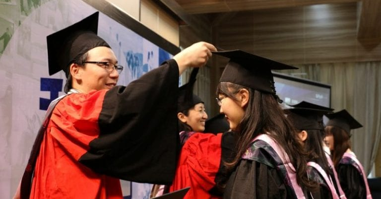 China Rolls Out Strict New Rules For Foreign Students