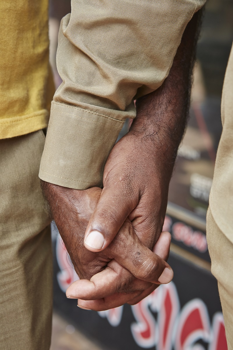 Photographer Captures Why Indian Men Hold Hands With Each Other