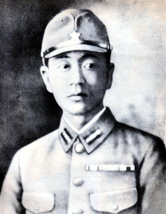 How A Japanese Soldier Survived For 27 Years Hiding Alone in a Cave After WWII