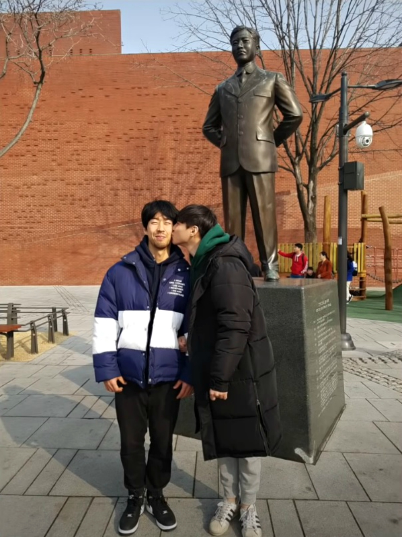 Koreans React to Gay Couple Kissing in Public in Social Experiment and the Results Aren't Surprising