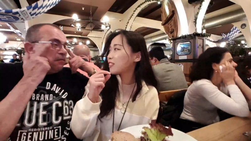 A Korean Twitch streamer had to keep her cool when several white men began harassing her with racist gestures right in the middle of a livestream in Berlin.