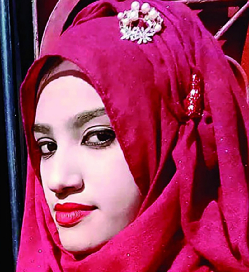 A female student at an Islamic school in Feni, Bangladesh has died days after unidentified individuals set her on fire in apparent retaliation for a sexual harassment report she had made against the school principal.