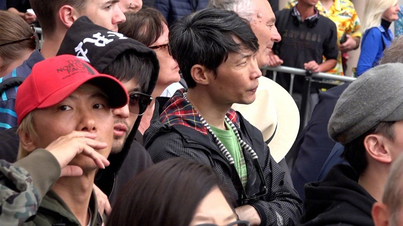 Mandopop superstar, Jay Chou, was caught secretly watching his wife, Hannah Quinlivan, as she walks down the red carpet at the Cannes Film Festival event on Wednesday.