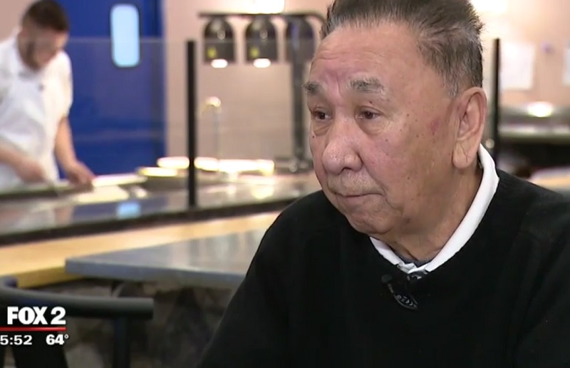 After enjoying a sumptuous meal at a Detroit Japanese steakhouse on Mother's Day, a group of 10 people decided to leave without paying for their food.