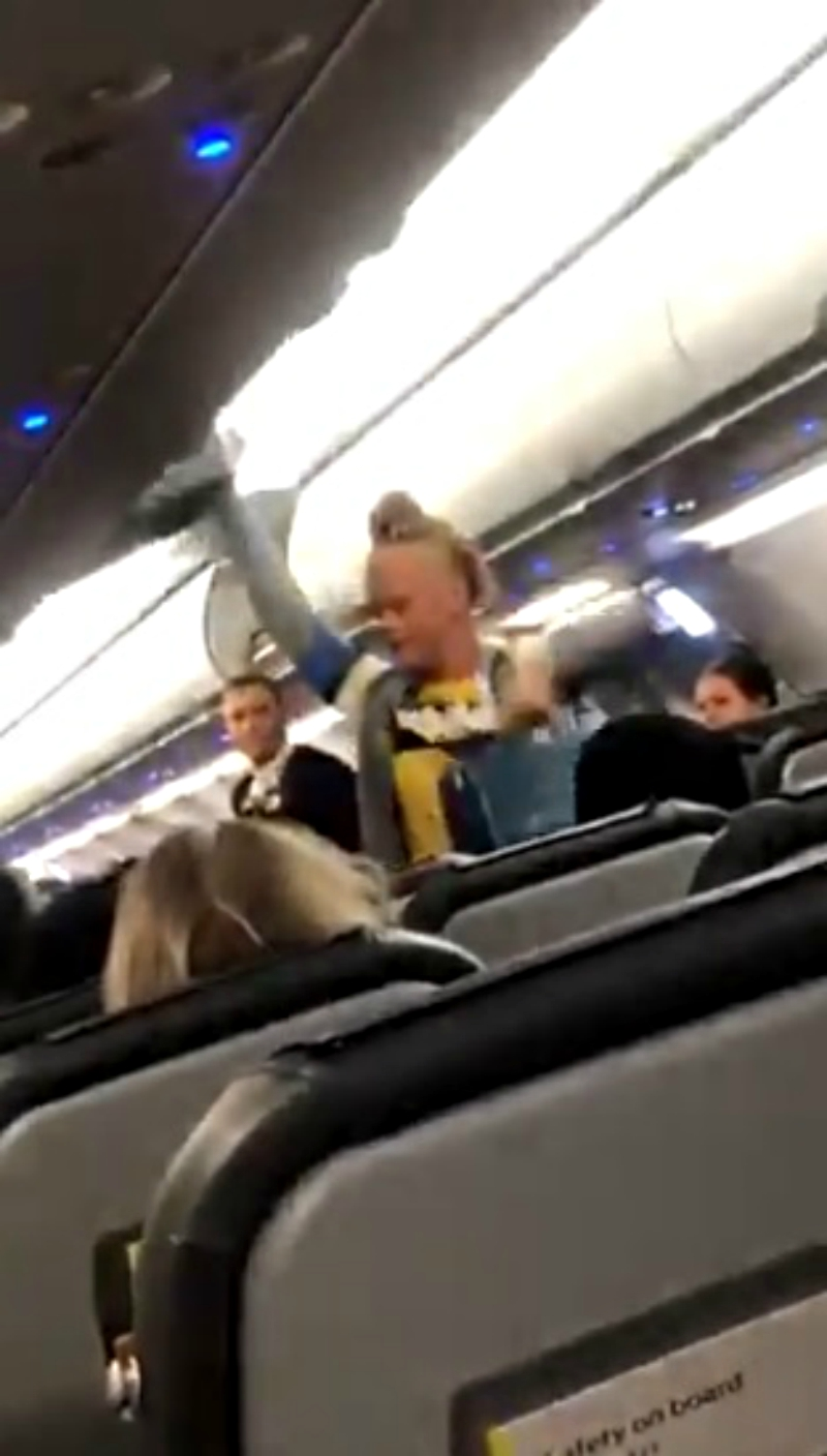 A pair of White women were kicked off of their flight after complaining about the presence of three other male Muslim passengers.
