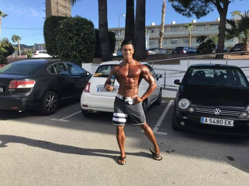 Bodybuilding Fitness Coach Suffers Stroke After Lack of Sleep, Bad Genes
