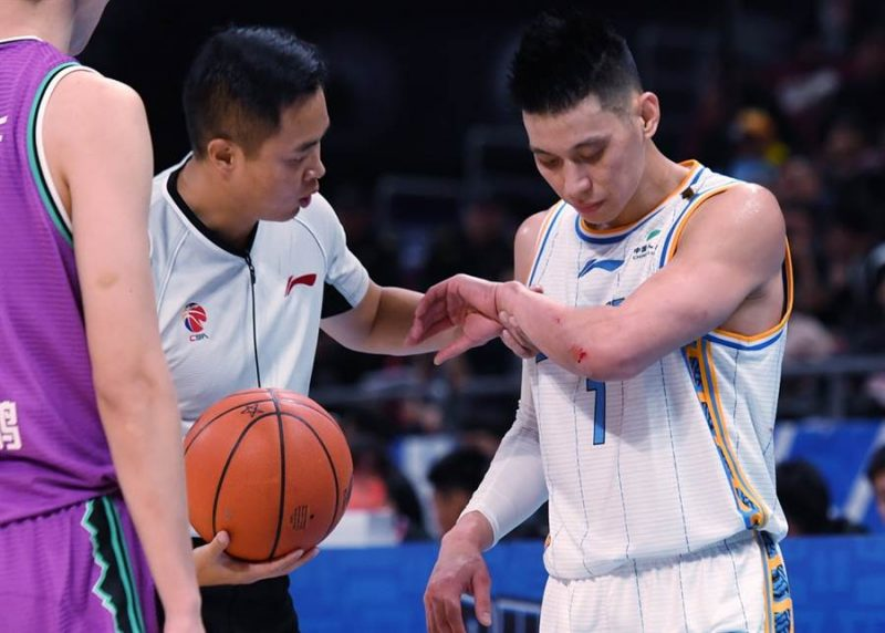 Jeremy Lin helped lead the Beijing Ducks to victory for the second time this week, building on an impressive start in the 2019 season of the Chinese Basketball Association (CBA).