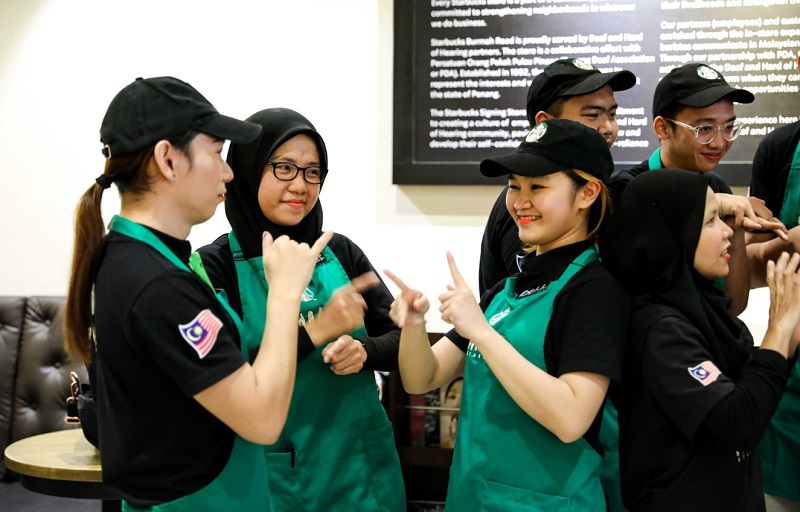 Starbucks Malaysia has recently opened its second outlet in Malaysia run by a staff of deaf employees.
