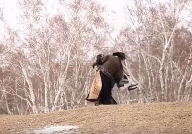 An actress in China was recently fat-shamed online after her co-star stumbled a few steps while trying to carry her during the filming of a Chinese drama.