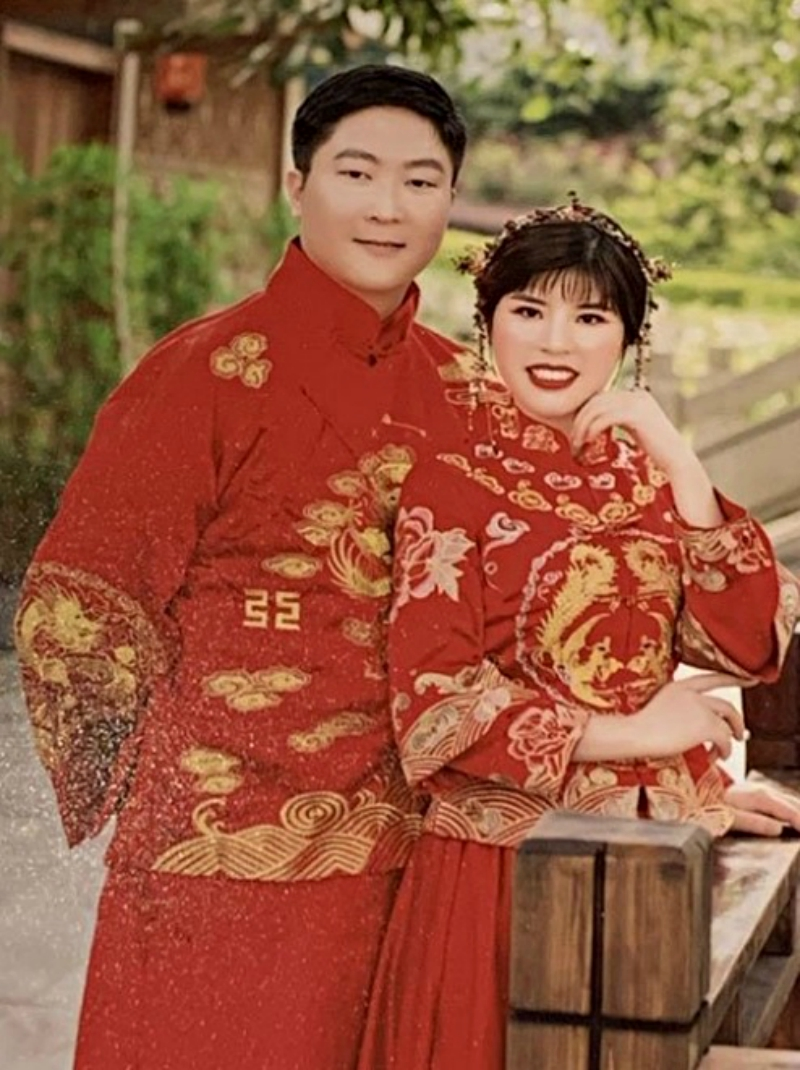 A Singapore couple who recently went on a trip to China decided to push through their wedding upon coming back home.